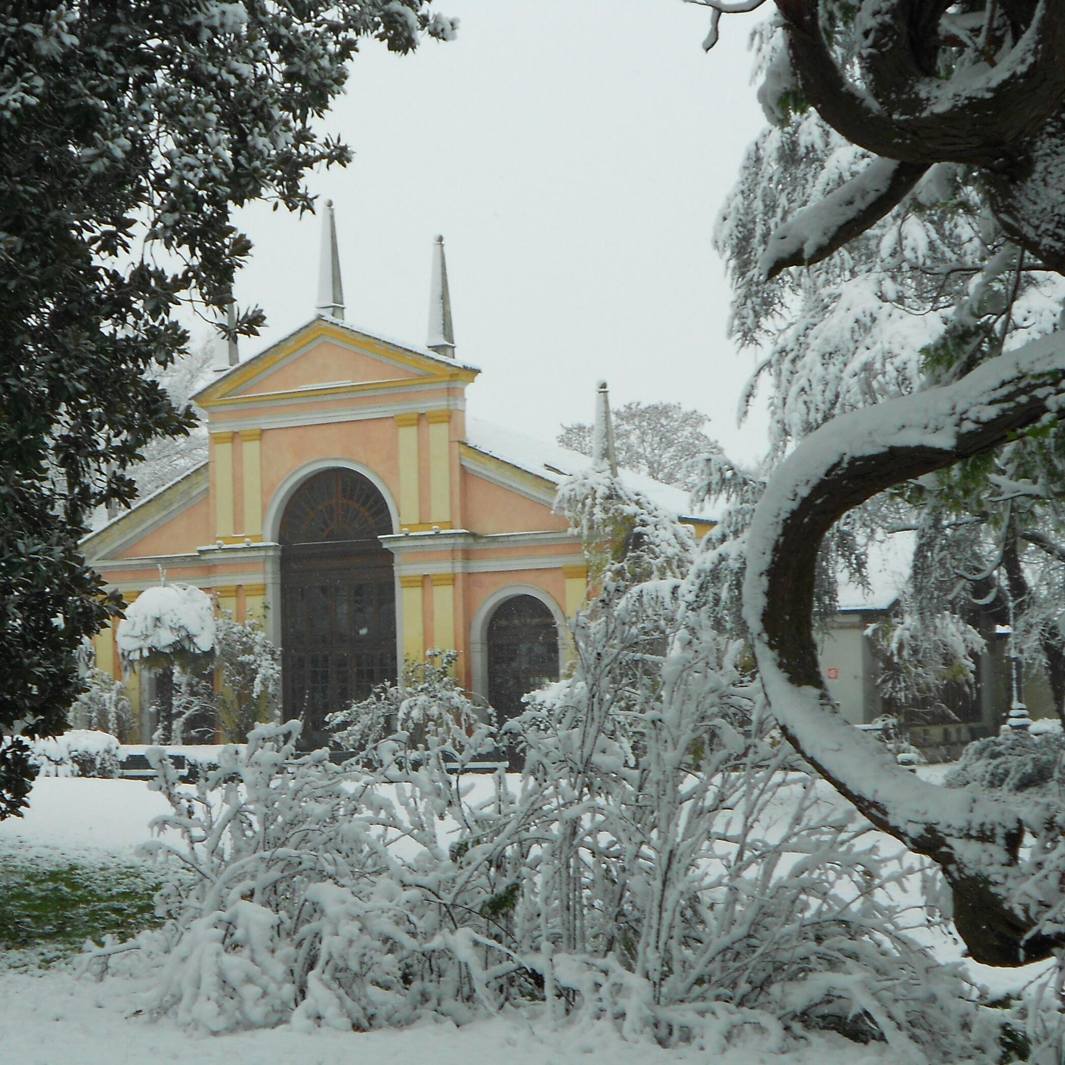White one Villa Selmi location servizi esclusivi