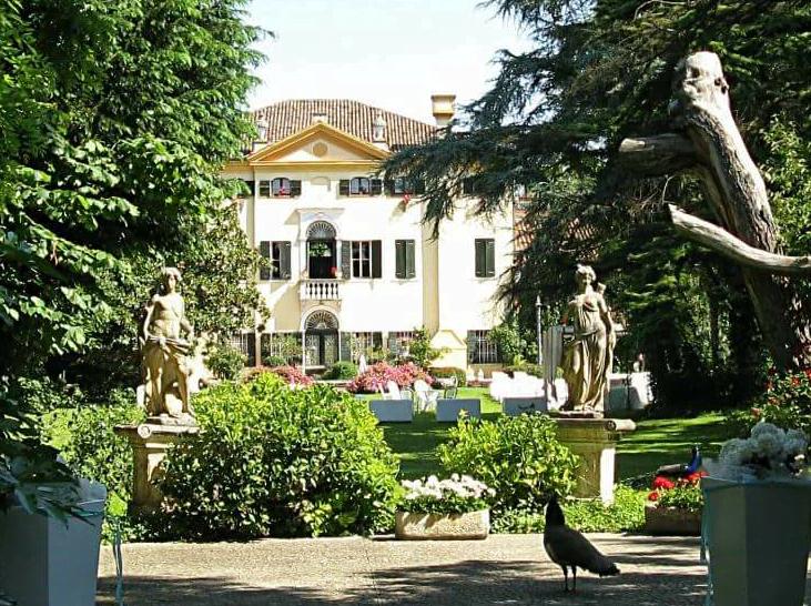 Dimore storiche Ferrara VILLA SELMI per matrimoni